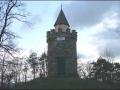Von der Ruine geht es in einer schwachen Stunde zur Starhembergwarte, dem höchsten Punkt der Tour