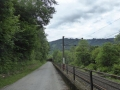 Radweg entlang der Bahn