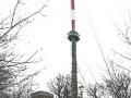 Der Fernsehsender am Gipfel des Kahlenbergs in voller Grösse