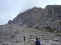 zum Einstieg des Alpininwegs