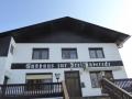 Start beim aufgelassenen Gasthof Dreiländereck in Offenegg