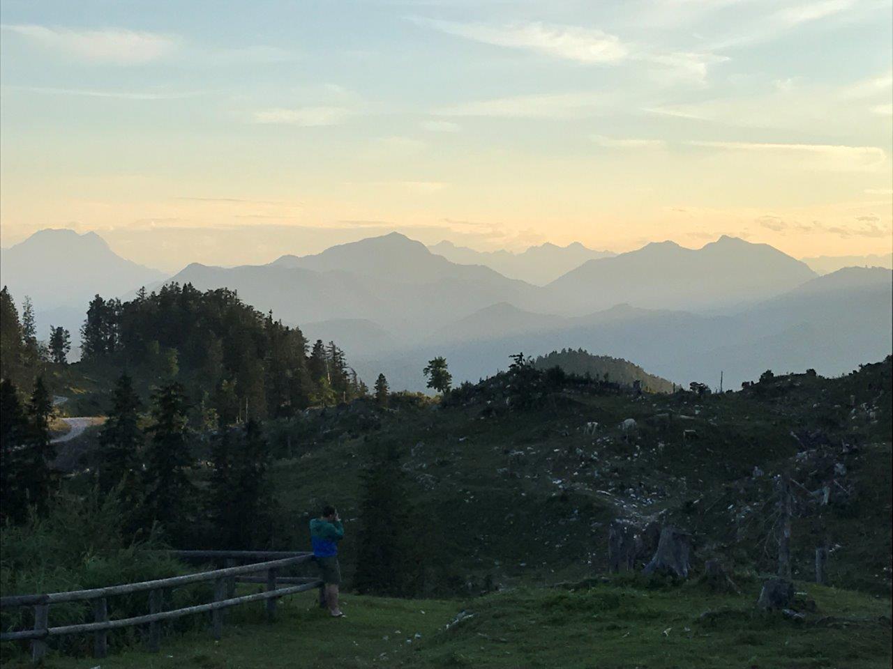 Blick von der Ybbstalerhütte ins Gesäuse