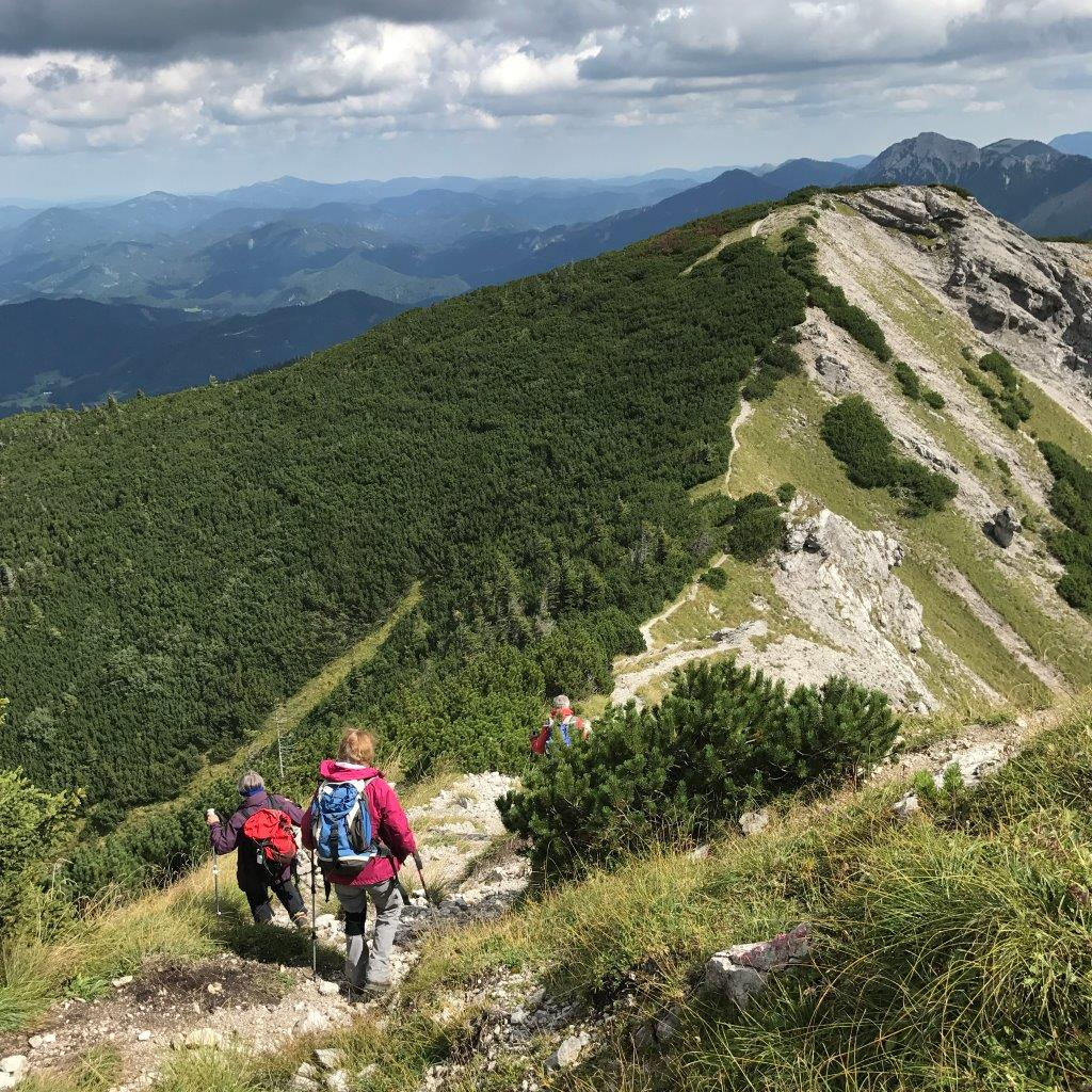 Abstieg vom Göller zum Lahnsattel