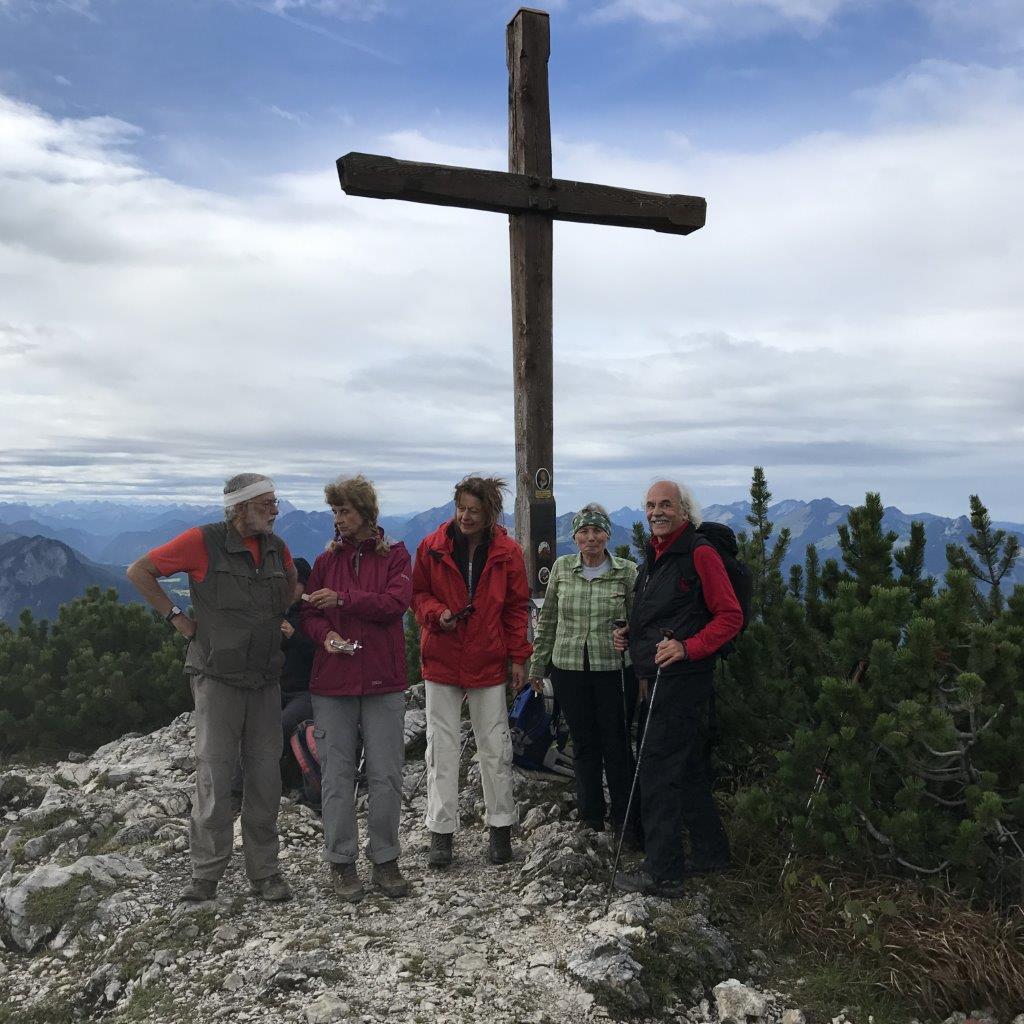 Gipfel des Petersköpfl (1.745 m)