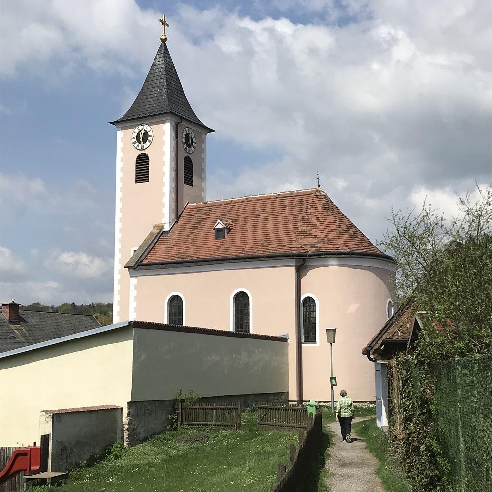 die Kirche in Siegenfeld