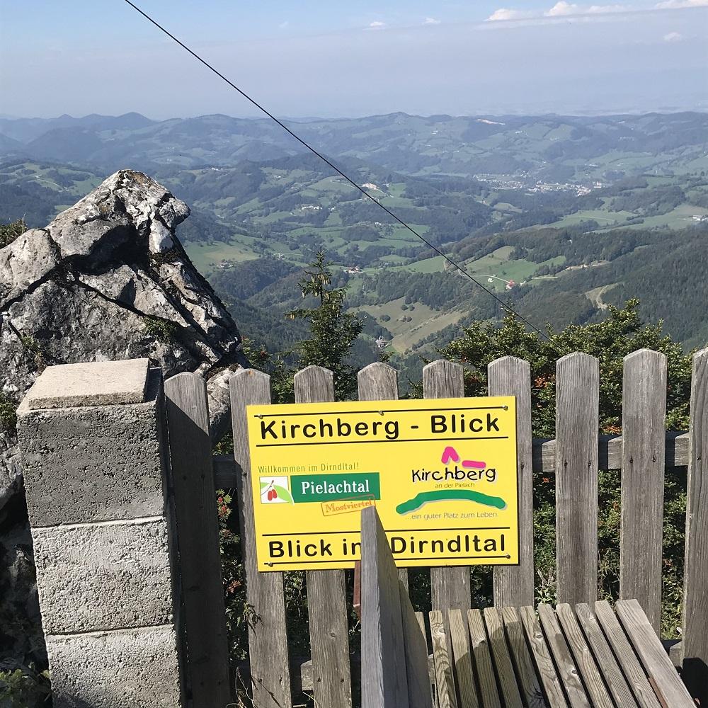Kirchberg-Blick auf die Anstiegsroute
