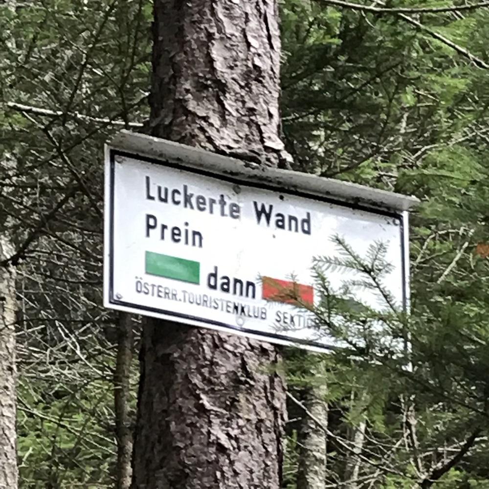 Markierung zur Luckerten Wand