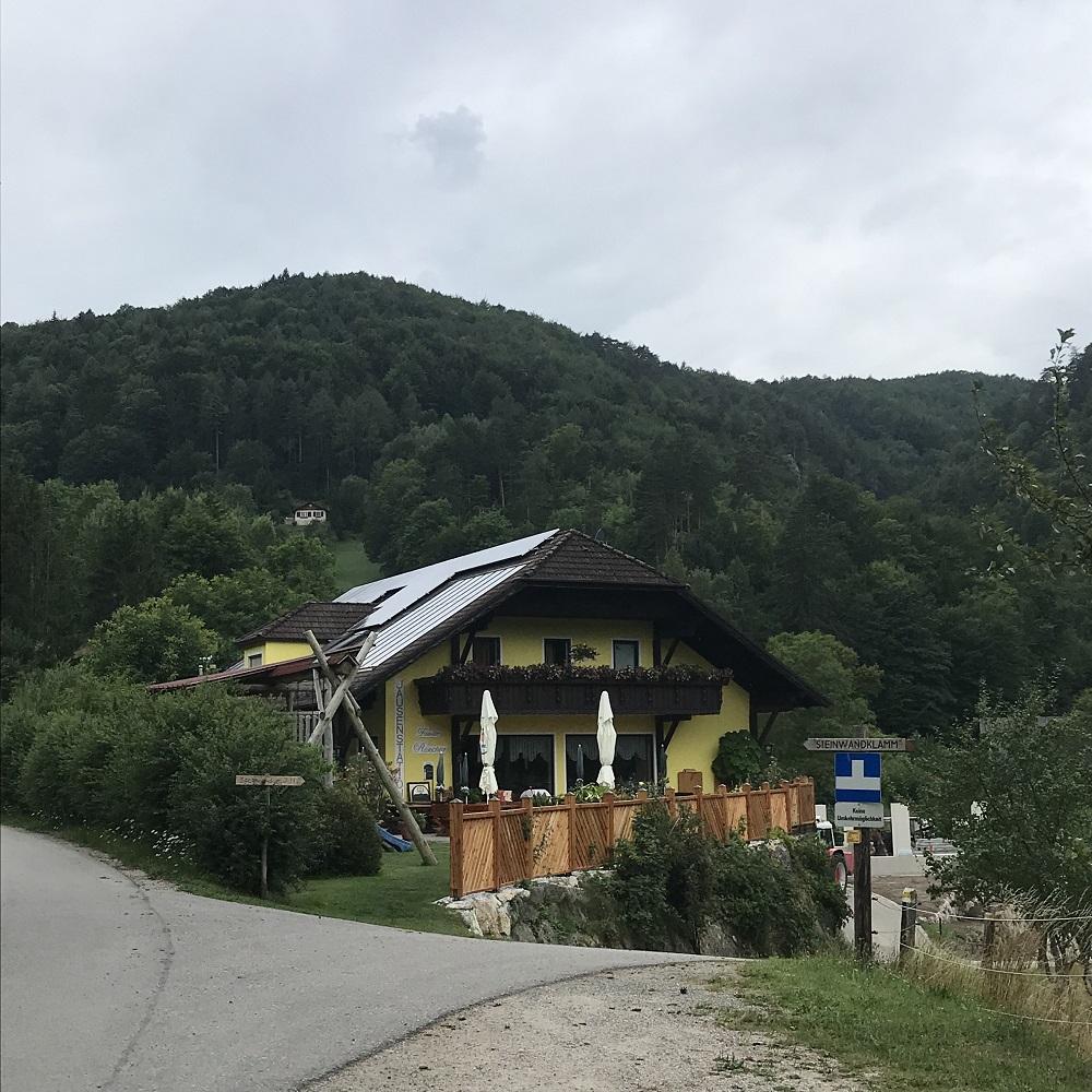 Parkplatz am Ende des Steinwandgrabens