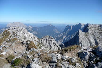 Gesäuseblick-mit-Großem-Buchstein-Tamischbachturm-Planspitze-Hochtor-und-dem-zum-Greifen-nahen-Reichenstein