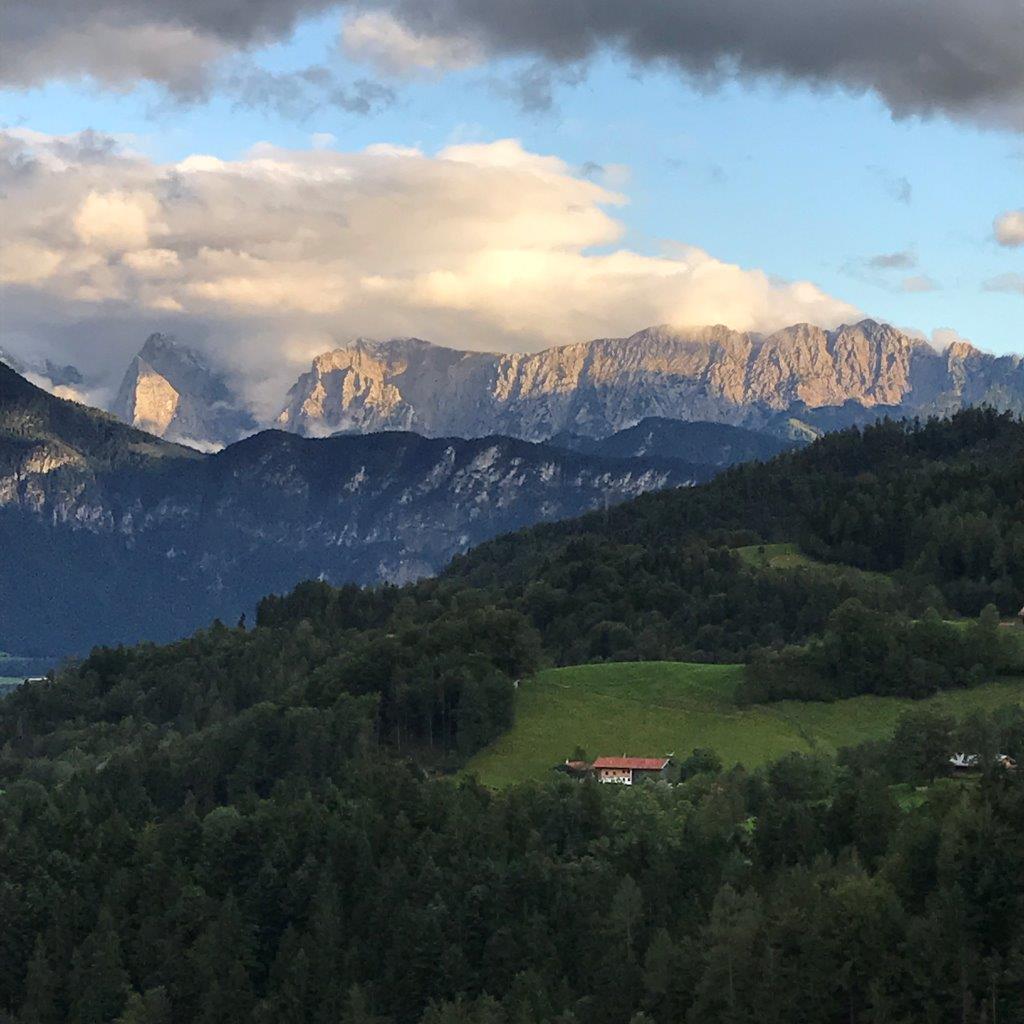 Blick von der Hummelei zum Kaisergebirge
