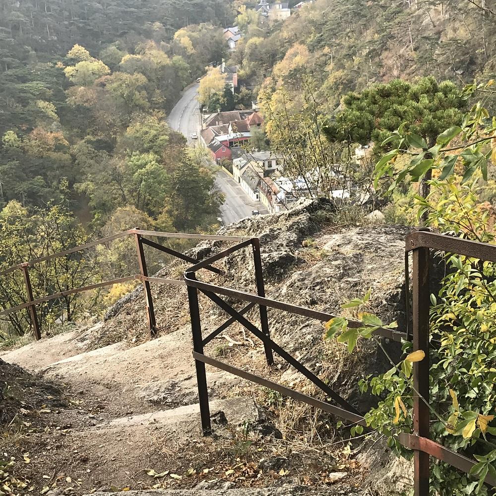 Felsenweg in die Klause